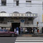 """HOSPITAL GUTIERREZ: A PESAR DE QUE LOS 25 MÉDICOS Y ENFERMEROS TENÍAN LAS DOS DÓSIS DE LA SPUTNIK V SE CONTAGIARON Y BUSCAN LA EXPLICACIÓN A ELLO"""""""